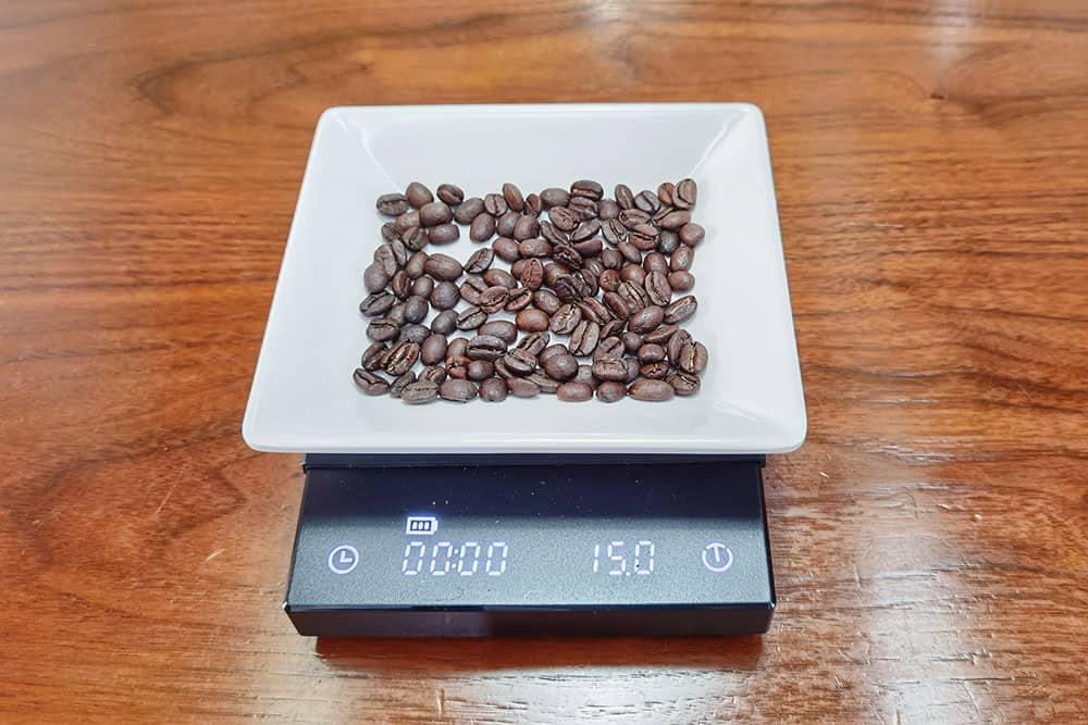 weigh 15 grams of coffee