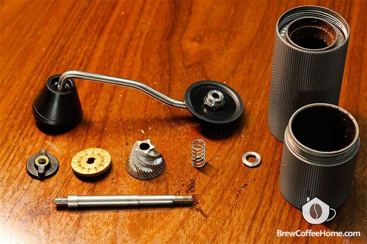 disassemble-hand-grinder