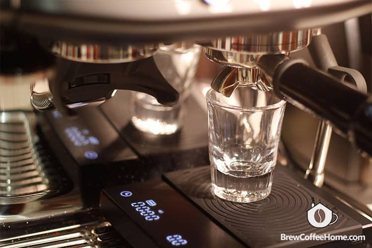 weighing espresso yield