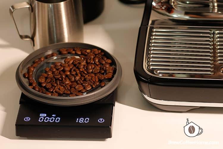 measure dose for making espresso