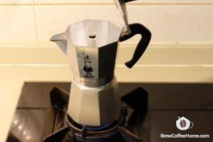 heat-moka-pot-coffee