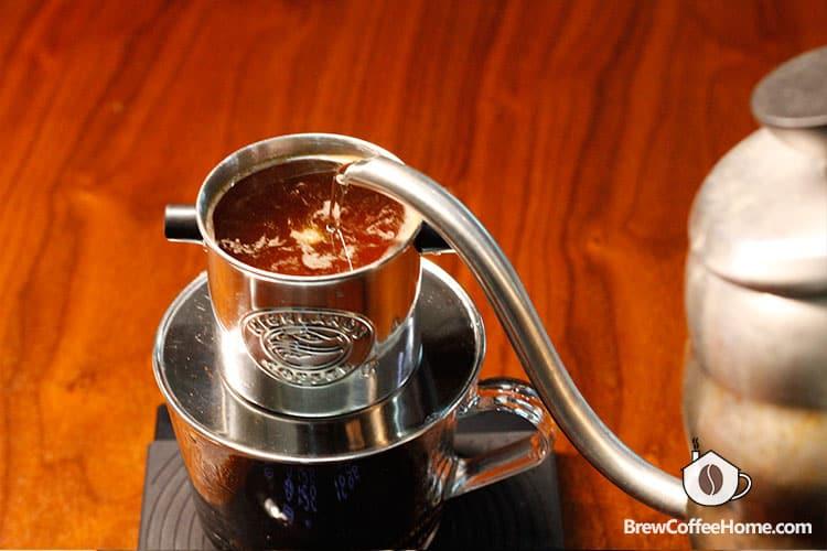 pour-water-to-make-vietnamese-coffee
