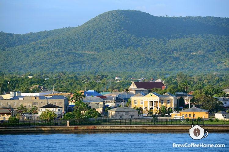 blue-mountain-in-jamaica