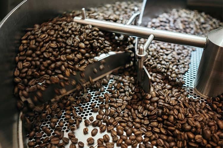 roasting-peaberry-coffee