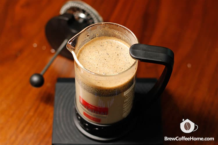 add-cold-milk-to-a-french-press