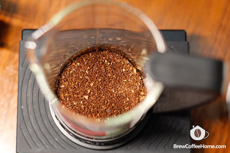 coarsely-ground-coffee-for-milk-cold-brew