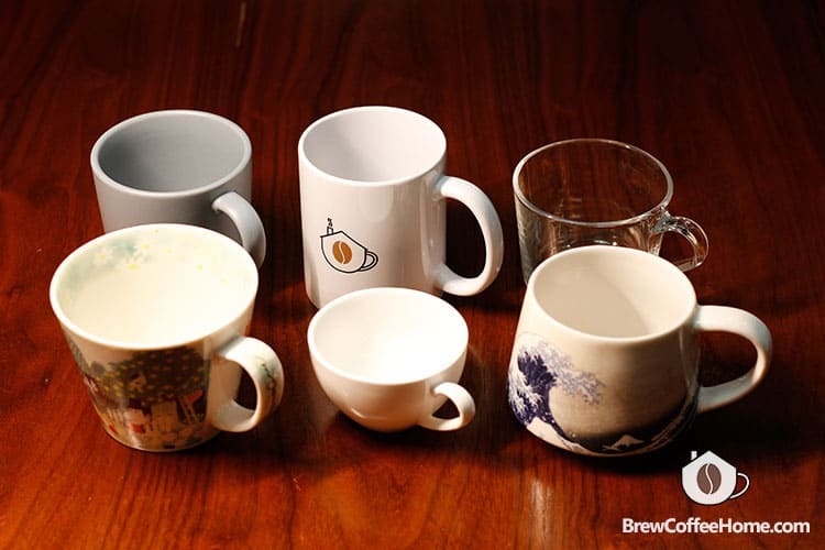 coffee-cups-in-different-sizes