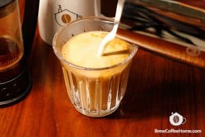 Add-half-milk-Cafe-Au-Lait